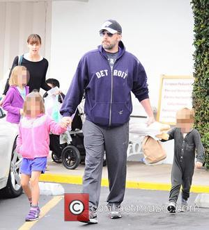 Ben Affleck And Jennifer Garner Jet Off On Family Vacation