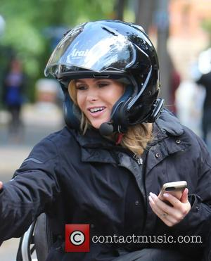 Amanda Holden - Amanda Holden leaving ITV Studios as Holly Willoughby arrives - London, United Kingdom - Monday 15th June...