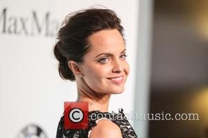 Mena Suvari - Women In Film 2015 Crystal + Lucy Awards at the Hyatt Regency Century Plaza - Arrivals at...