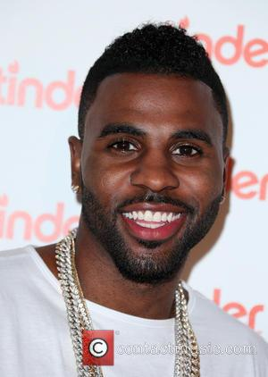 Jason Derulo Celebrates Fourth Week On Top Of UK Singles Chart With 'Want To Want Me'