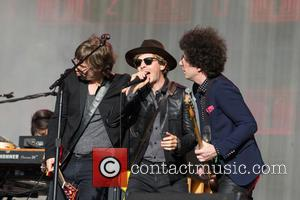 Beck, Justin Meldal-Johnsen and Jason Falkner