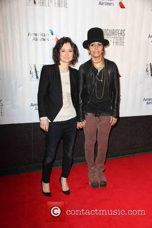 Sara Gilbert and Linda Perry - Songwriters Hall of Fame 2015 46th Annual Induction and Awards Gala at The New...