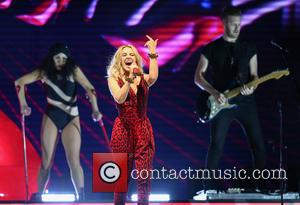 Kylie Minogue and Kylie Minouge at Newmarket Racecourse