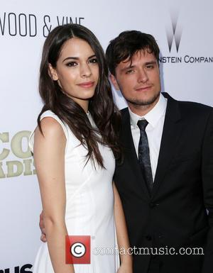 Claudia Traisac and Josh Hutcherson