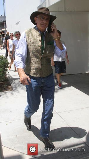 Frederic Prinz von Anhalt - Frederic Prinz von Anhalt goes shopping in Beverly Hills in hat, waistcoat and jeans -...