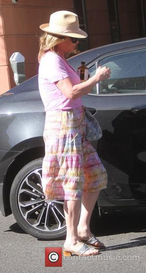 Kathy Hilton - Kathy Hilton returns to her car after shopping in Beverly Hills - Hollywood, California, United States -...