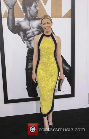 Elizabeth Banks - Premiere of Warner Bros. Pictures' 'Magic Mike XXL' at the TCL Chinese Theatre IMAX in Hollywood -...