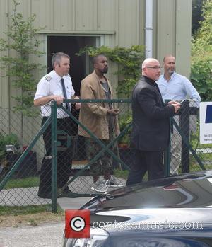 Kanye West - Kim Kardashian and Kanye West leave Denim Airfield via helicopter, headed for Glastonbury at Glastonbury - London,...