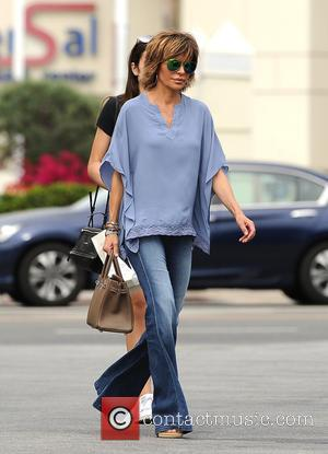 Lisa Rinna and Amelia Hamlin - Lisa Rinna out and about with her daughter Amelia - Los Angeles, California, United...