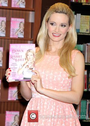 Holly Madison - Reality star and former Playboy Playmate Holly Madison signs copies of her new book 'Down The Rabbit...