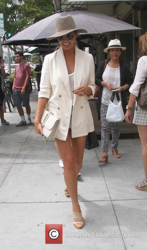 Chrissy Teigen - Chrissy Teigen has lunch with friends in Beverly Hills - Los Angeles, California, United States - Wednesday...