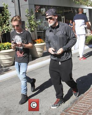 Fred Durst and Dallas Durst - Fred Durst takes his son Dallas Durst shopping at The Grove - Los Angeles,...
