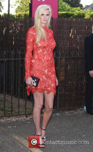Lara Stone - The Serpentine Gallery Summer Party held in Kensington Gardens - Arrivals at Serpentine Gallery - London, United...