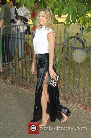 Kate Hudson - Serpentine Gallery summer party held in Kensington Gardens - Arrivals at Serpentine Gallery - London, United Kingdom...