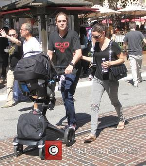 Jason Mewes and Jordan Monsanto - Jason Mewes takes his wife Jordan Monsanto and their daughter Logan Lee Mewes shopping...