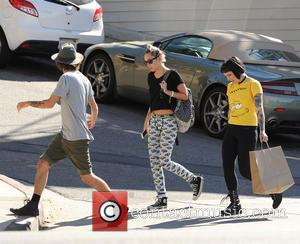 Miley Cyrus - Miley Cyrus spotted out with friends after having dinner - Los Angeles, California, United States - Friday...