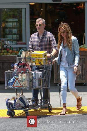 Cat Deeley and Patrick Kielty - Cat Deeley and her husband Patrick Kielty spotted shopping at Bristol Farms at Bristol...