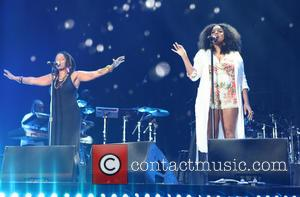 Floetry - Floetry, Marsha Ambrosius and Natalie Stewart reunite to perform at the 2015 Essence Music Festival at Mercedes-Benz Superdome...
