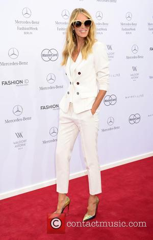 Elle MacPherson - Mercedes-Benz Fashion Week Berlin Spring/Summer 2016 Brandenburg Gate (Brandenburger Tor) - Marc Cain - Arrivals and Front...