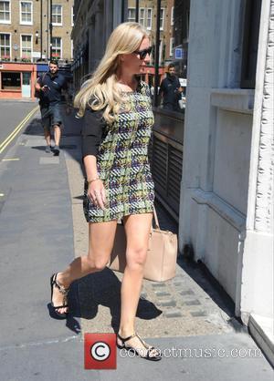 Denise van Outen - Denise van Outen arrives at Magic FM - London, United Kingdom - Thursday 9th July 2015