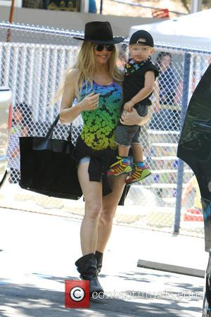 Fergie and Axl Duhamel - Fergie and her son Axl Duhamel out shopping in Brentwood - Los Angeles, California, United...