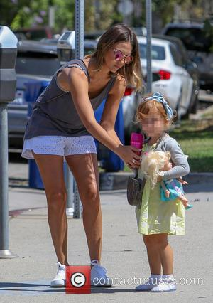 Jessica Alba and Haven Warren - Jessica Alba and her husband Cash Warren with their daughter Haven out and about...