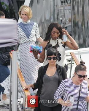 Sarah Paulson and Angela Bassett