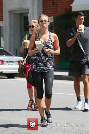 Alex Gerrard - Alex Gerrard getting a health drink after working out at the gym at Los Angeles - Los...