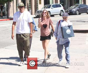 Ellen Pompeo and Chris Ivery - Ellen Pompeo grabs some lunch in West Hollywood with her husband Chris Ivery and...