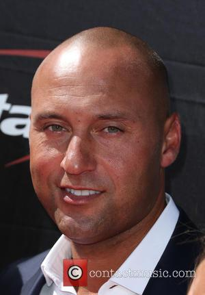 Derek Jeter Covered In Gold Slime At Kids' Choice Sports Awards