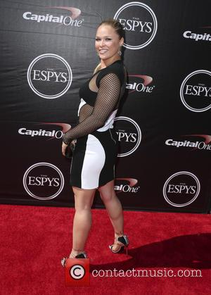 Ronda Rousey Takes Aim At Floyd Mayweather, Jr. After Espys Win