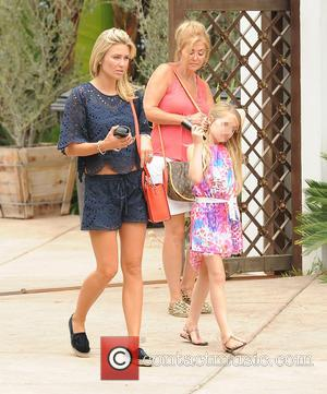 Alex Curran - Steven Gerrard and Alex Curran go for lunch with their families - Los Angeles, California, United States...