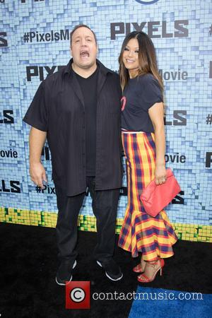 Kevin James Felt Underdressed At Billy Joel's Holiday Barbecue-turned-surprise Wedding