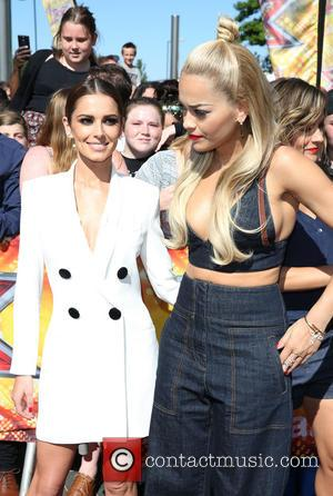 Cheryl Fernandez-versini Burns Foot On Hair Styling Product