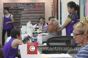 Steve Tisch - Film producer Steve Tisch goes to a nail salon in Beverly Hills - Los Angeles, California, United...