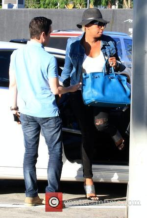 NeNe Leakes - NeNe Leakes arrives at Craig's restaurant in West Hollywood - Los Angeles, California, United States - Wednesday...