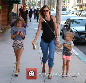 Rhea Durham, Grace Wahlberg and Elia Wahlberg - Rhea Durham and her daughters pick up juice from Pressed Juicery in...
