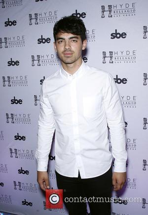 Joe Jonas - Joe Jonas takes over the DJ booth at Hyde Bellagio at Hyde Nightclub - Las Vegas, Nevada,...