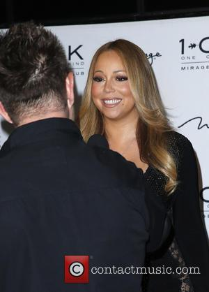 Mariah Carey - Mariah Carey hosts an evening at 1OAK Nightclub at 1 OAK Nightclub - Las Vegas, Nevada, United...