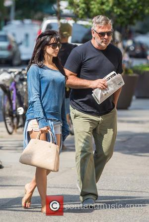 Alec Baldwin and Hilaria Baldwin - Alec Baldwin and Hilaria Baldwin taking a stroll in New York City at West...