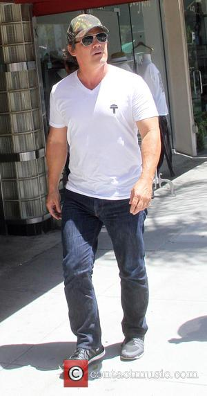 Josh Brolin - Josh Brolin has lunch in Beverly Hills - Hollywood, California, United States - Wednesday 29th July 2015