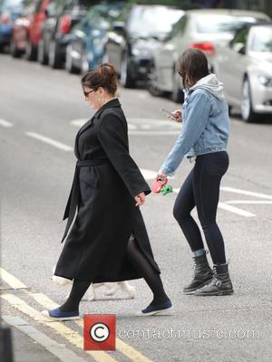 Daisy Lowe - Daisy Lowe seen out and about in London's Primrose Hill with her dog. - London, United Kingdom...