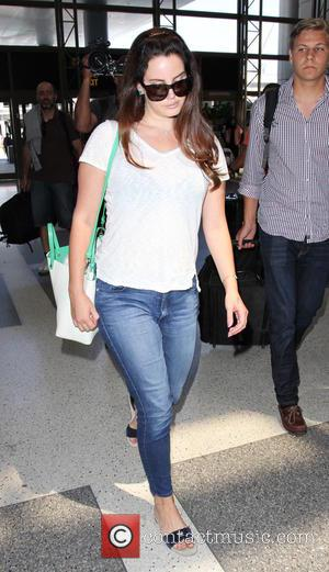 Lana Del Rey - Lana Del Rey departs from Los Angeles International Airport (LAX) - Los Angeles, United States -...
