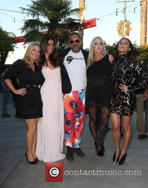 Whitney Cameron, Leilani Dowding, Peter Otero, Nikki Lund and Cassie Scerbo