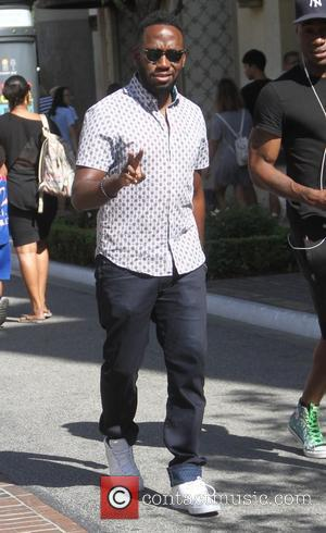 Lamorne Morris - Lamorne Morris goes shopping at The Grove - Los Angeles, California, United States - Saturday 1st August...