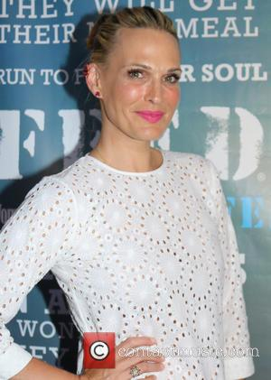 Molly Sims - Women's Health's 4th Annual Party Under The Stars For RUN10 FEED10 - Bridgehampton, New York, United States...