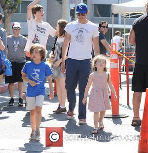 Johnny Knoxville, Arlo Clapp , Rocko Clapp - Johnny Knoxville and his kids Rocko and Arlo Clapp at the Farmers...
