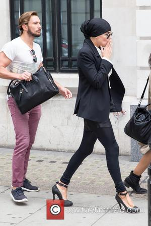 Melody Gardot - Melody Gardot pictured arriving the Radio 2 studio avoiding cameras at BBC Portland Place - London, United...