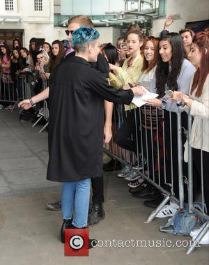 Halsey - Halsey seen out and about in London - London, United Kingdom - Tuesday 4th August 2015