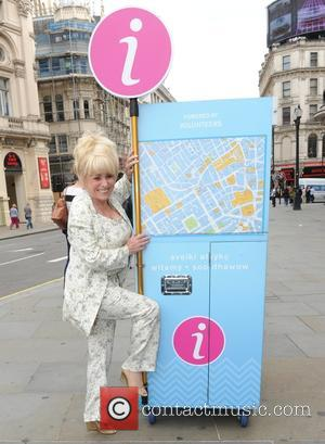 Barbara Windsor - Barbara Windsor attends a photocall at the Visitor Welcome Pod in Piccadilly Circus London. Eastenders star joins...